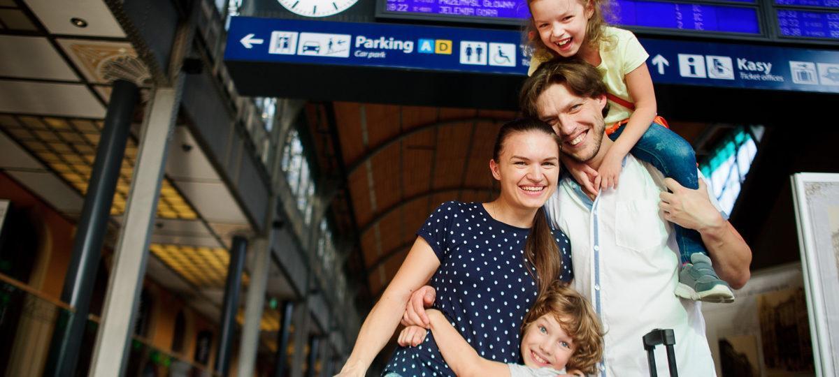 Podróż do Wrocławia. Auto, pociąg, autobus czy samolot?
